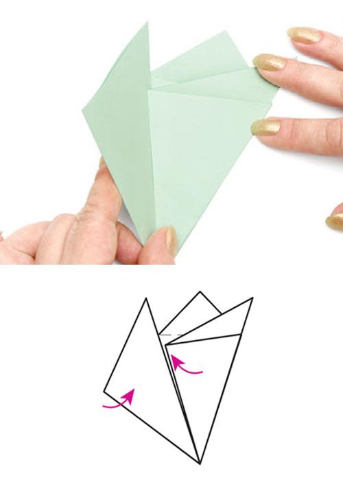 Как сделать снежинку из бумаги ножницами